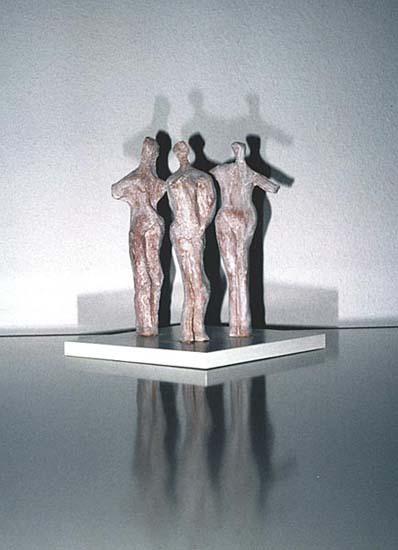 Drei Figuren1990gebrannter Ton, 20 x 25 x 10 cm